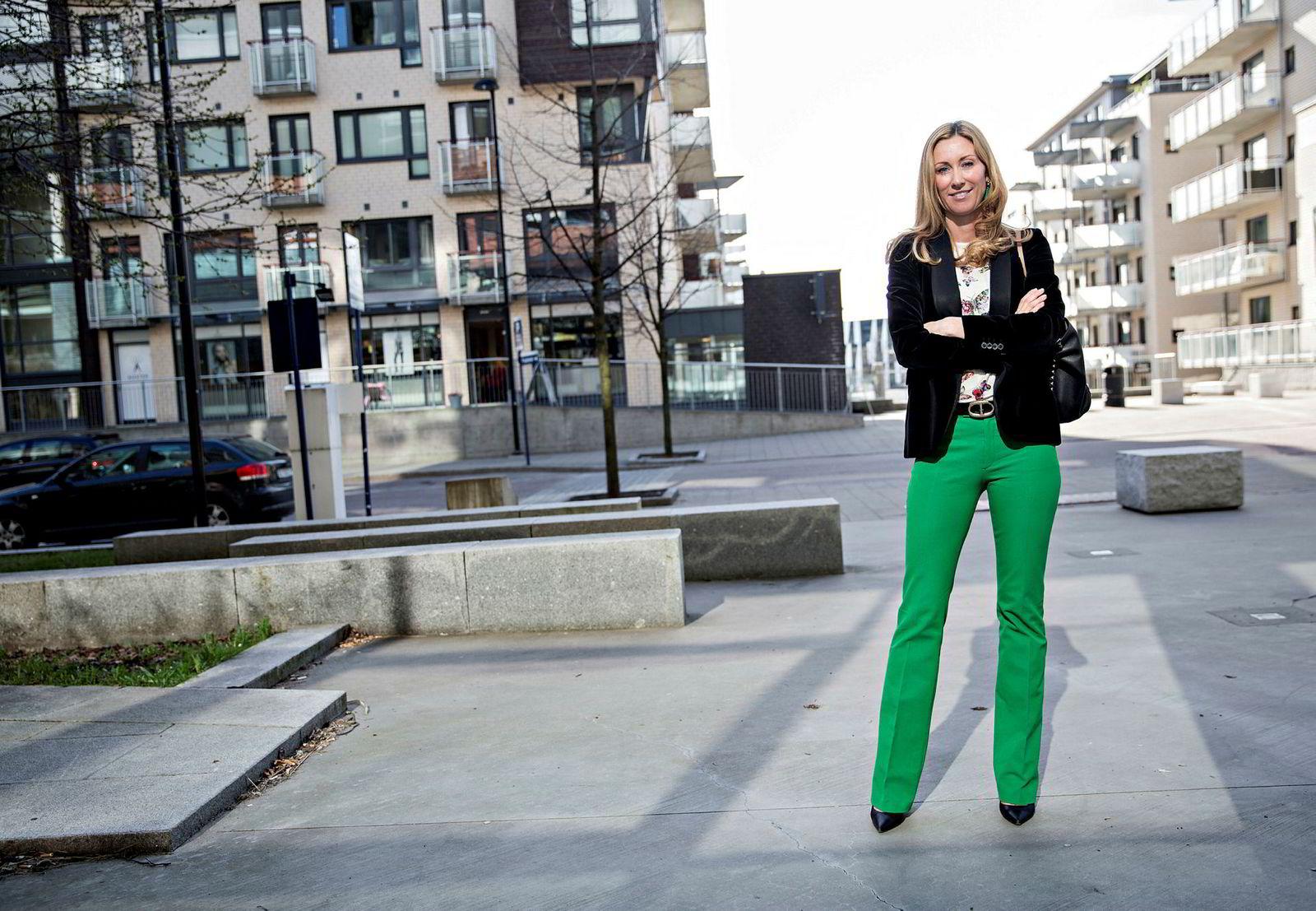 Administrerende direktør Hedda Ulvness  i Eie Eiendomsmegling har solgt 19 prosent færre boliger i april sammenlignet med ifjor.