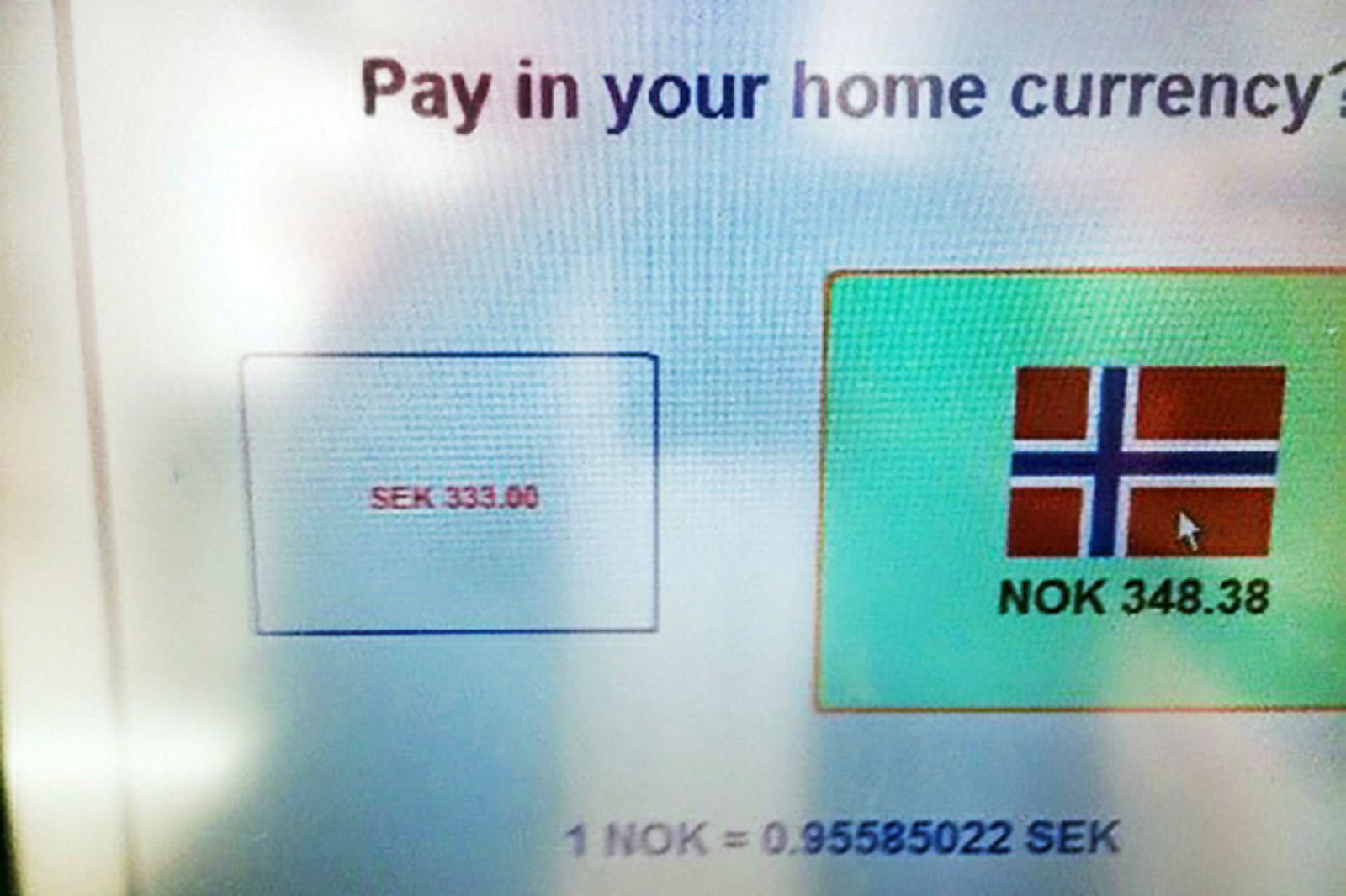 Trykker du på det norske flagget blir det dyrere.