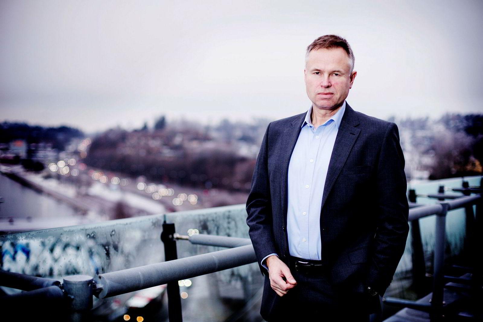 Visma-sjef Øystein Moan mener utdannelse er viktigere enn alder.