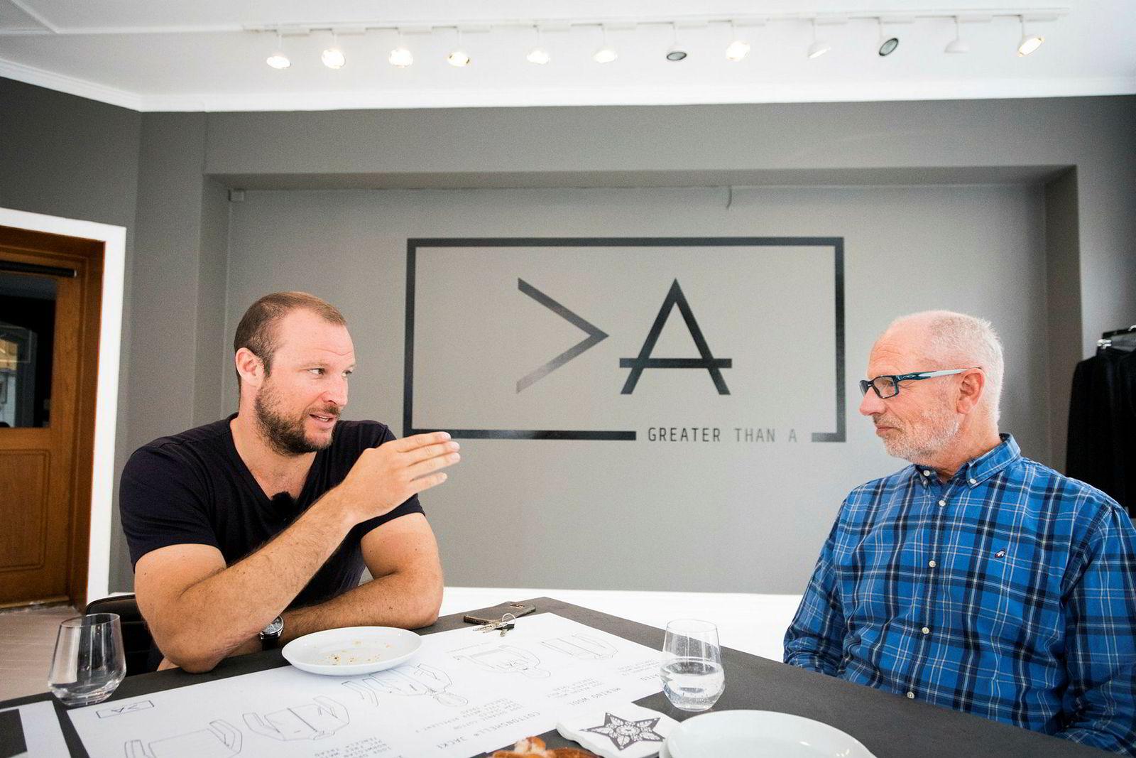 Aksel Lund Svindal og faren Bjørn Svindal har et tett forhold privat og økonomisk. Her fra intervju om økonomi, investeringer og klessatsingen til alpinstjernen.