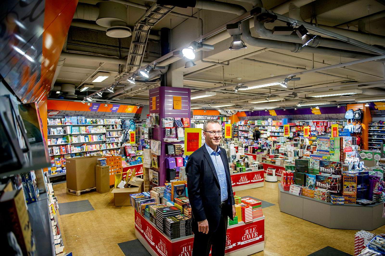 Bjørn Leiknes i Jotunfjell Partners fotografert i filialen på Gunerius kjøpesenter i 2016