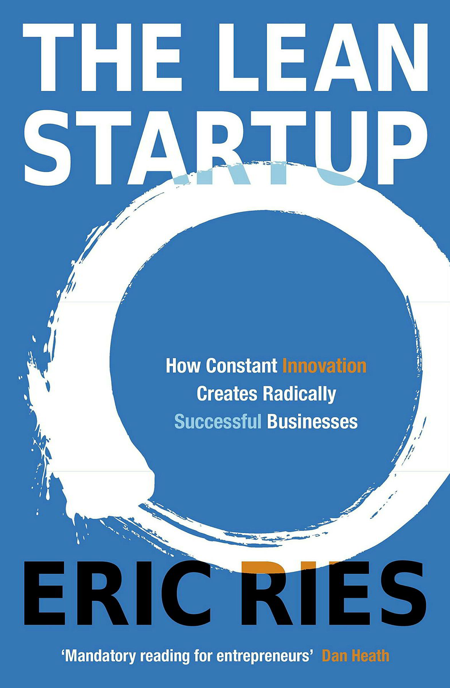 Han Kristian Aas leser «The Lean start-up» av Eric Ries.