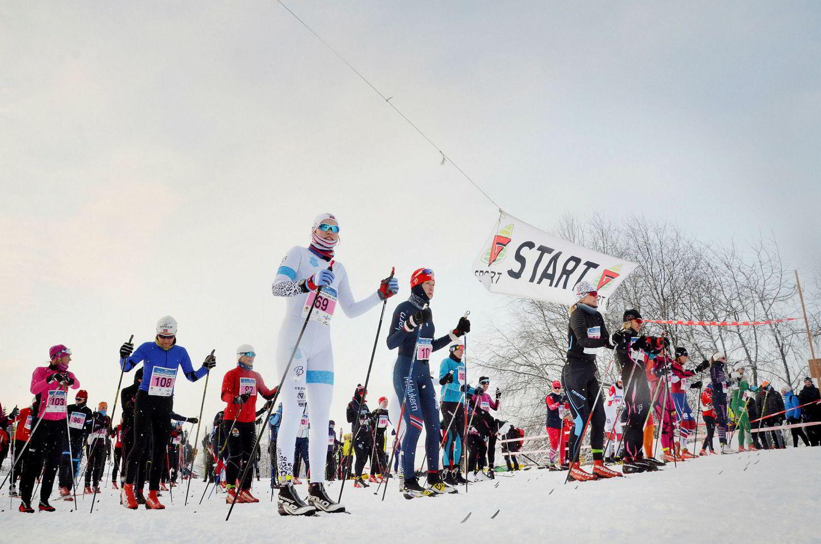Da Vester-Gyllen ble gjennomført sist helg, så ikke arrangerende Asker Skiklubb noen merkbar effekt av den sterke snøvinteren i deltagerantallet. Her start i yngre klasser.