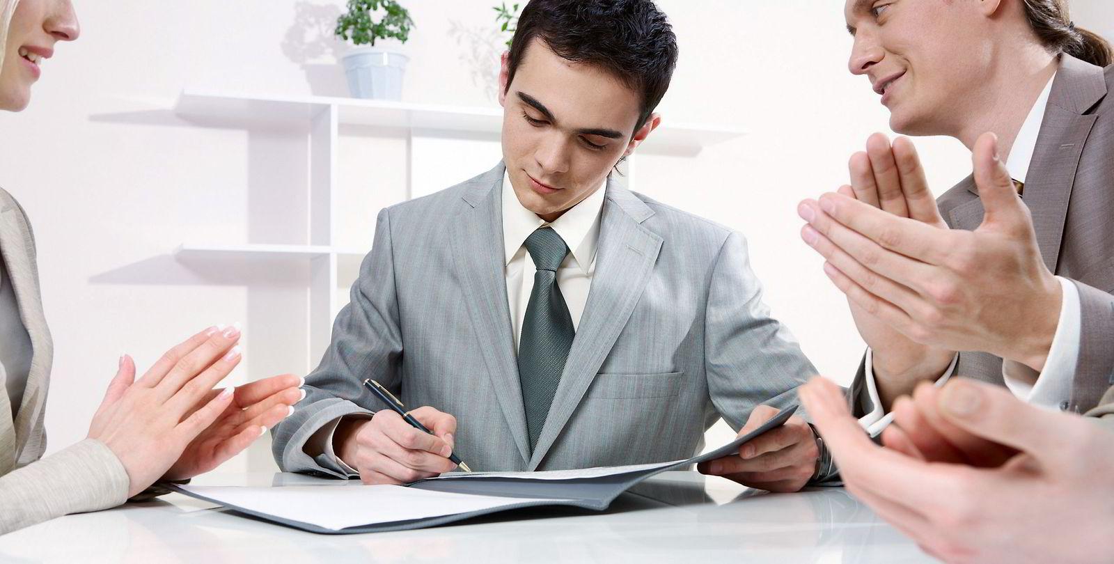 IKKE TILFELDIG: Hva du kler deg i kan være av betydning for tankegang og prestasjon.