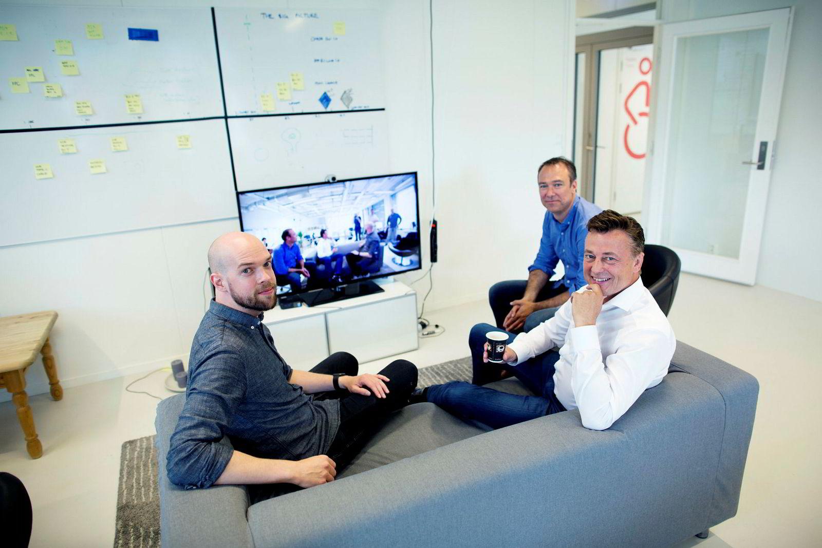 Fra venstre produktsjef og gründer Stein Ove Eriksen, tidligere administrerende direktør Thomas C. Holst og gründer Anders Eikenes i 2016.