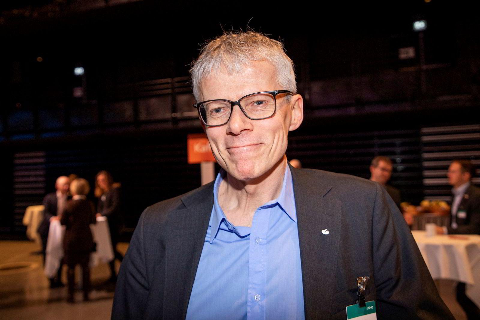 Skattedirektør Hans Christian Holte kom seg til konferansen med tog, men er ikke spesielt stolt av å ha reist miljøvennlig.