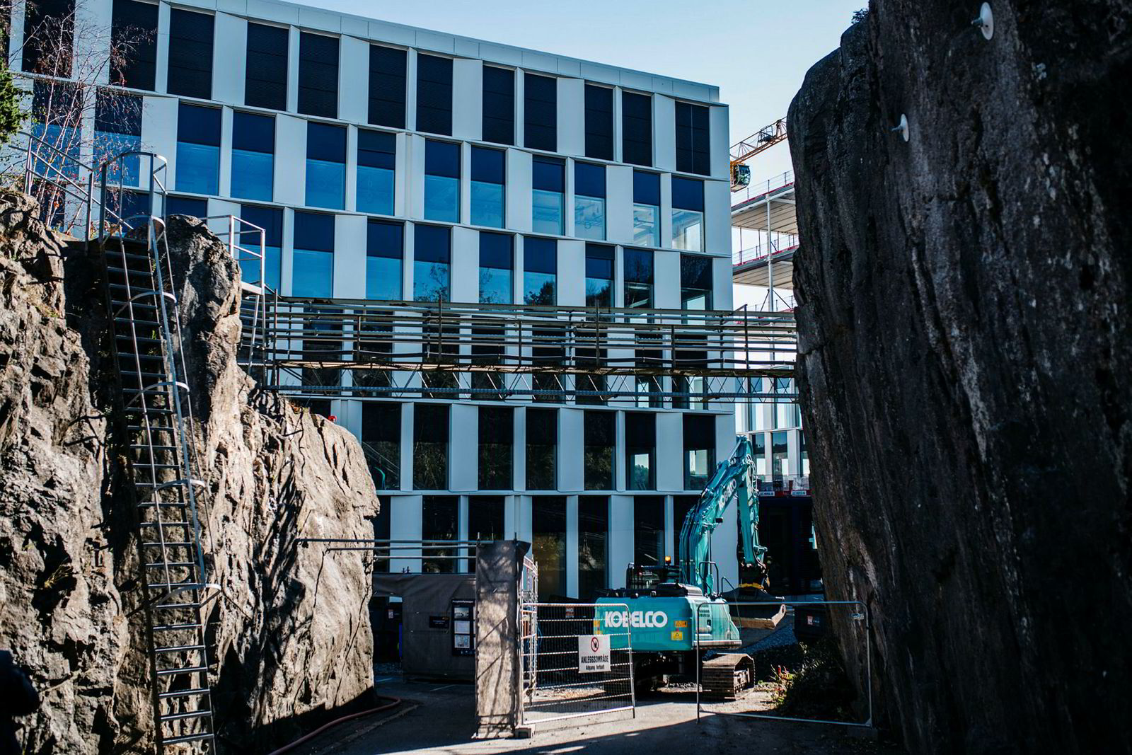 Jotun investerer nesten 1,4 milliarder kroner i det nye hovedkontoret og forskningsbygget i Sandefjord som vil stå ferdig ved årsskifte 2018/2019.