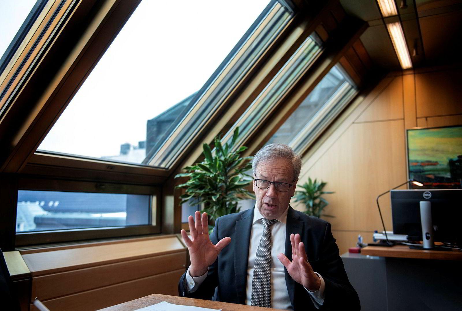 Øystein Olsen advarer mot forsert avvikling av olje- og gassindustrien.