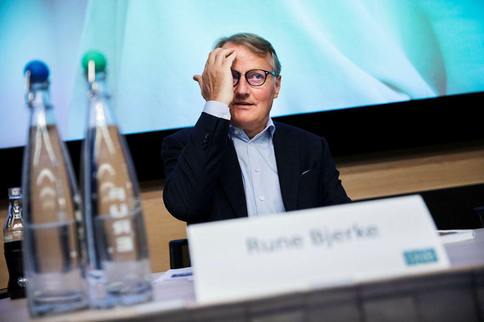 DNB mener de omstridte forvaltningshonorarene var i tråd med markedsføringen av tre aksjefond med 180 000 kunder. Banken vurderer nå å anke nederlaget videre til Høyesterett. Her DNBs konsernsjef Rune Bjerke.