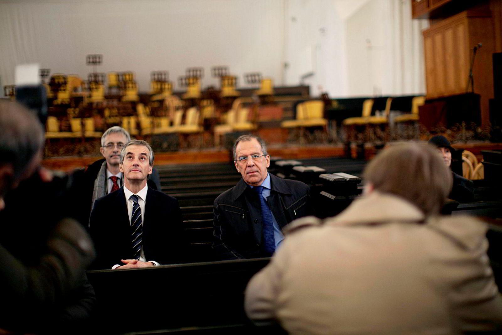 Jonas Gahr Støre møtte utenriksminister Sergej Lavrov i Kaliningrad i 2011.