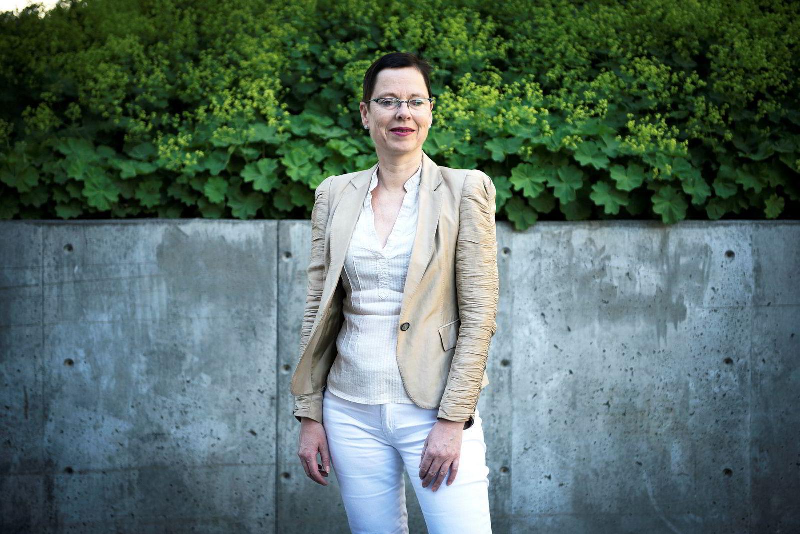 Mari Velsand er leder av Medietilsynet som torsdag la frem sin rapport om økonomien i norske avishus.