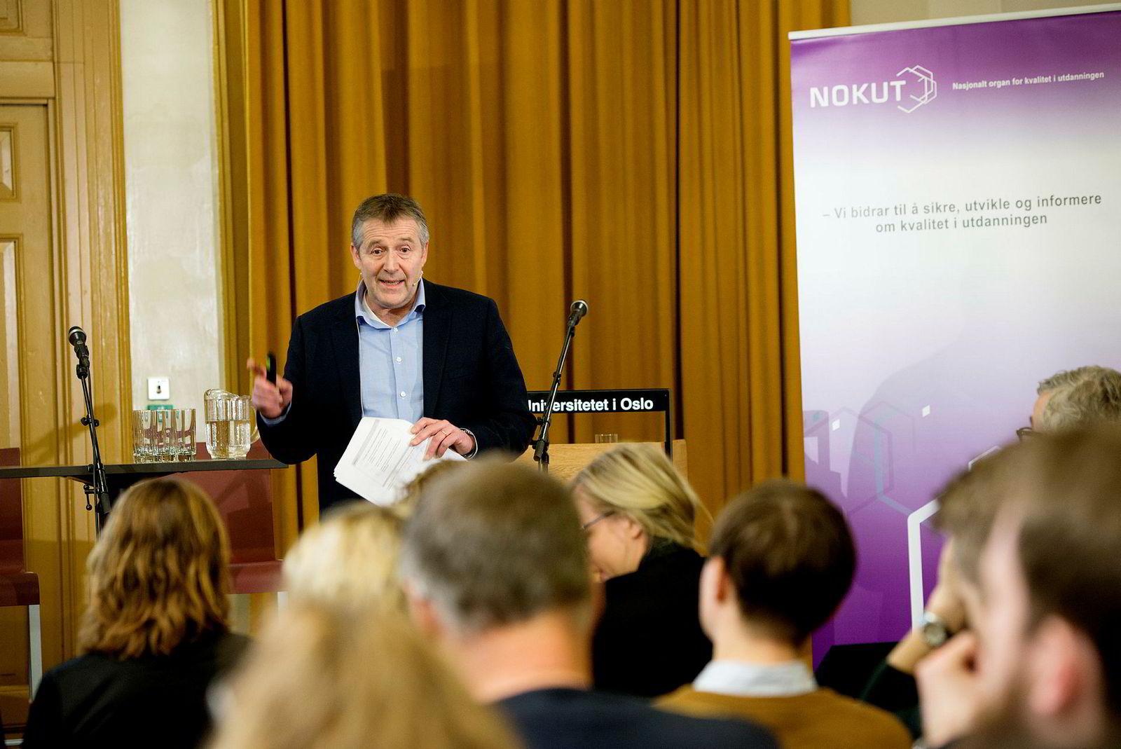 Analysedirektør Ole Jacob Skodvin i Nokut under fremleggelsen av Underviserundersøkelsen 2016.