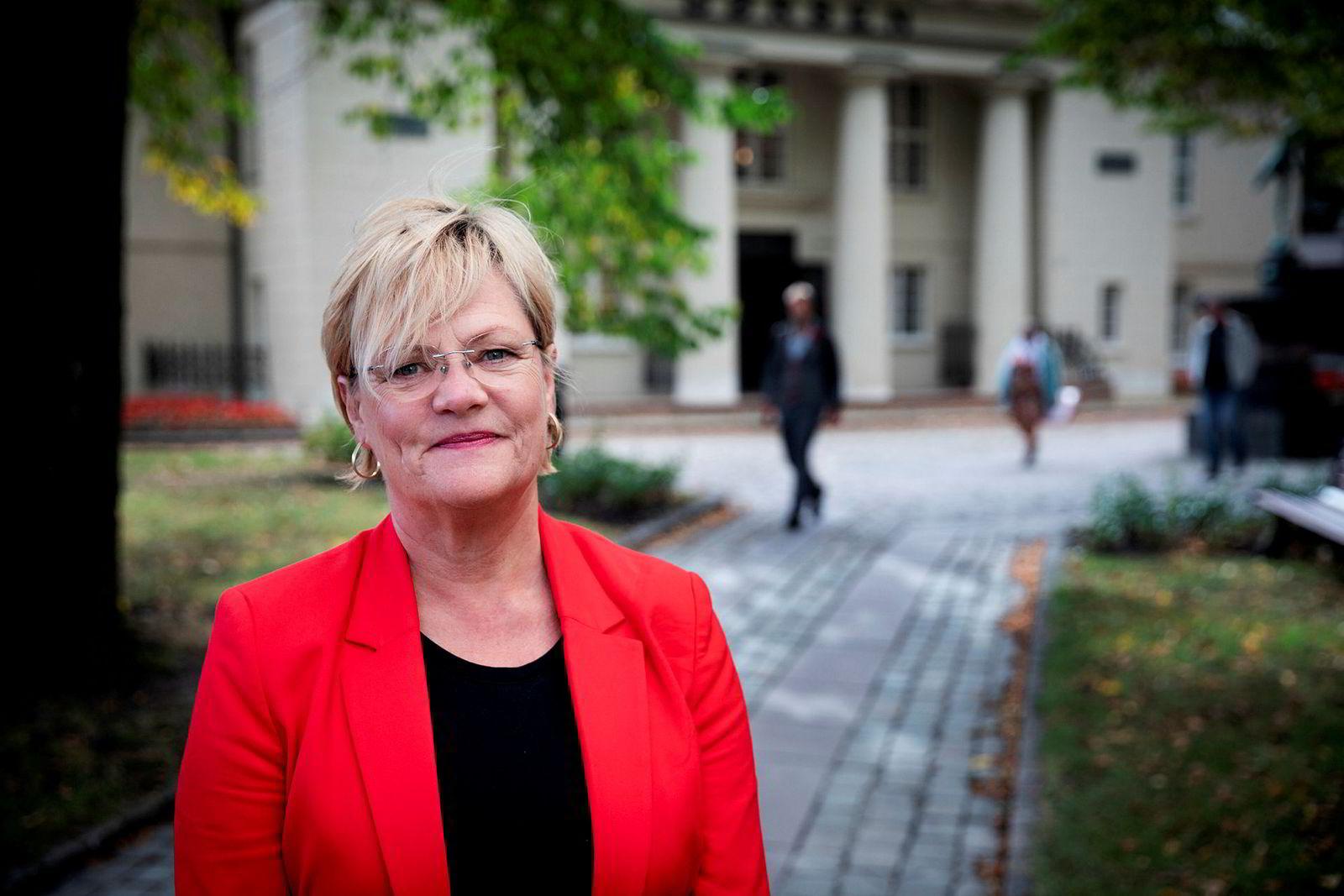 Kristin Halvorsen, direktør ved Cicero Senter for klimaforskning, mener Oljefondet ikke må brukes til å investere i risikable fornybarprosjekter.