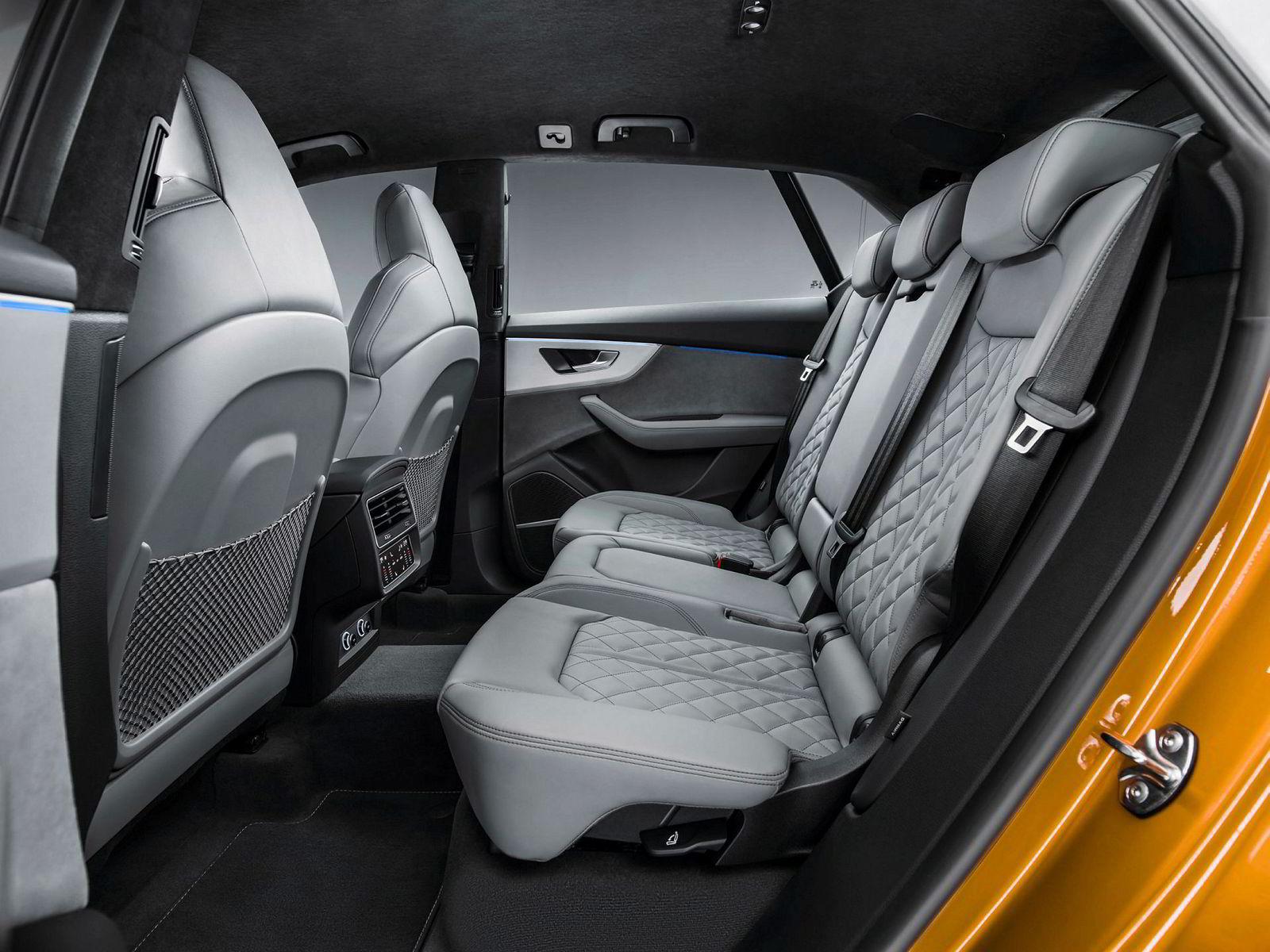 Audi lover godt med plass også i baksetet.