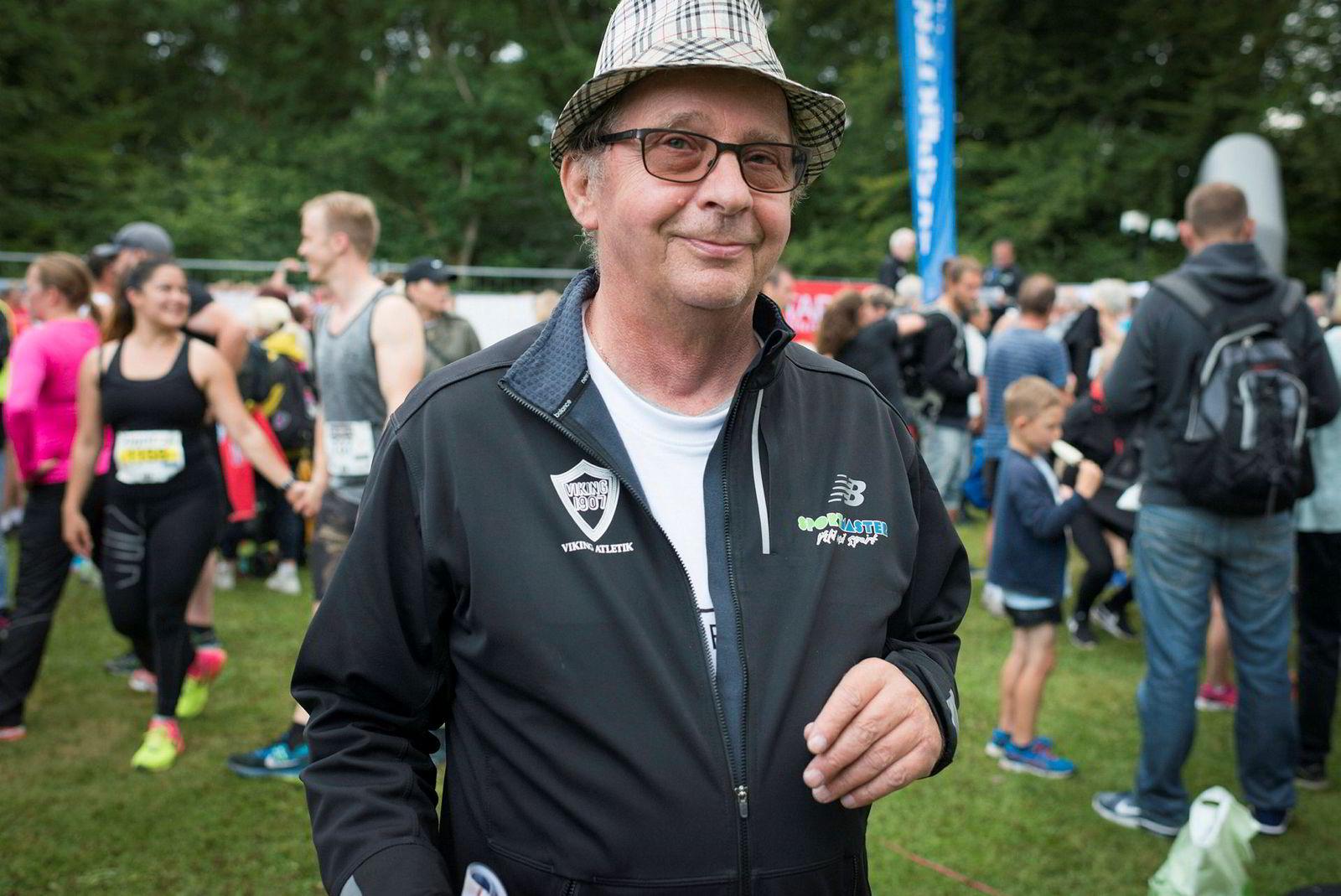 Jens Bager (68) er en av de drøyt 200 frivillige som holder Etape Bornholm i gang, for 24. gang i år.