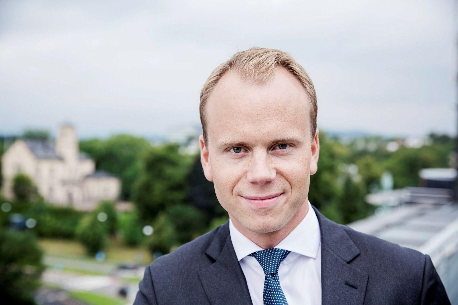 – Vi ser allerede nå at investeringene i leting og utbygging er på vei oppover, sier analytiker Halvor Strand Nygård i SEB.