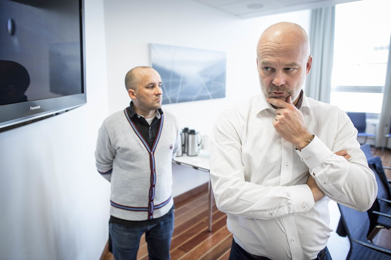 Kringkastingssjef Thor Gjermund Eriksen og NRKs analysesjef Kristian Tolonen.