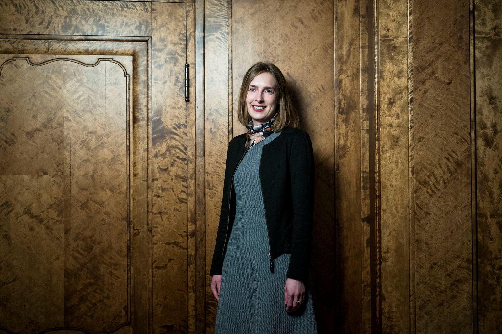 Forsknings- og høyere utdanningsminister Iselin Nybø advarer mot en usikker fremtid for høstens Erasmus+-studenter i Storbritannia.