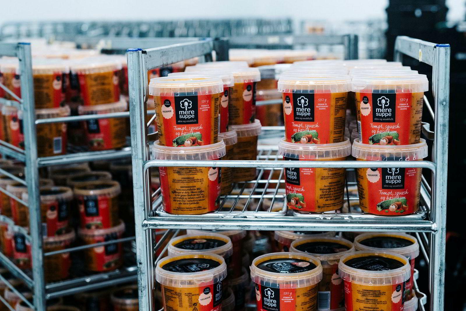 – I år runder vi 300.000 suppe begre, sier salgs- og styreleder Elisabeth I. Rye-Florentz i Mere Mat.