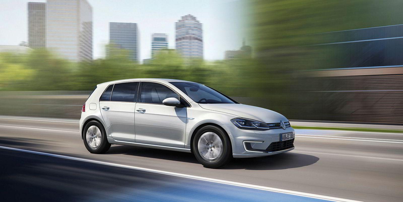 For tiende år på rad er Volkswagen Golf Norges mest populære bil. Den elektriske modellen står for 55 prosent av salget.