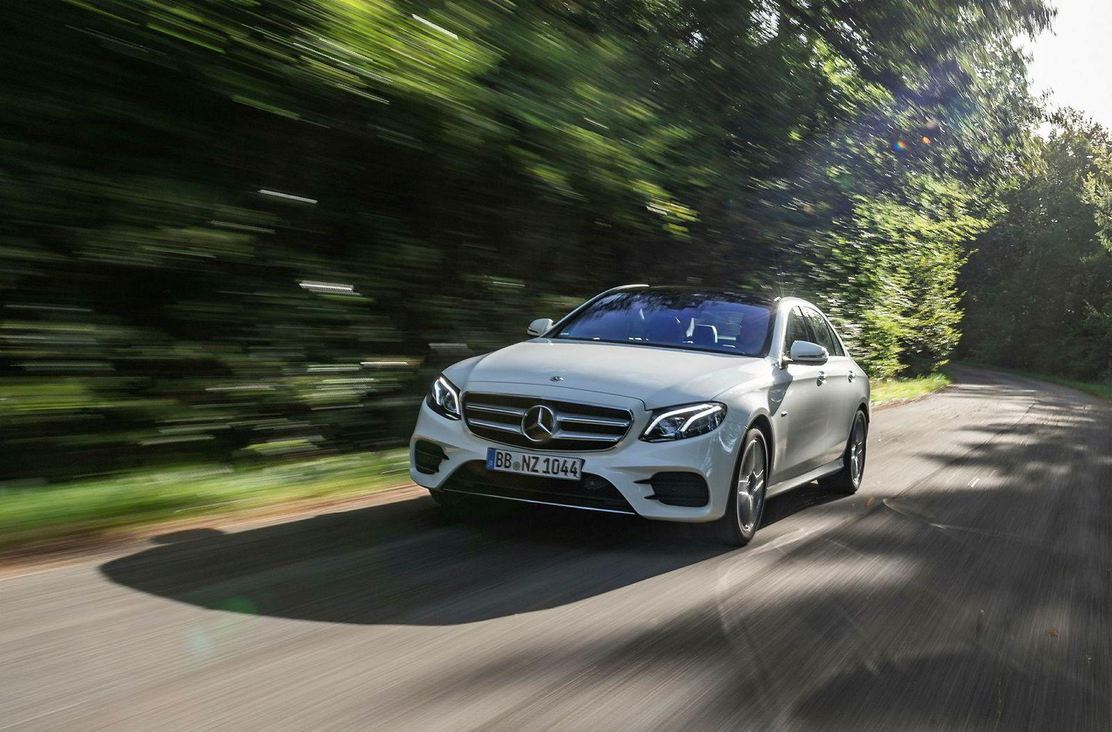 Mercedes-Benz E 300 de – ladbar hybrid.