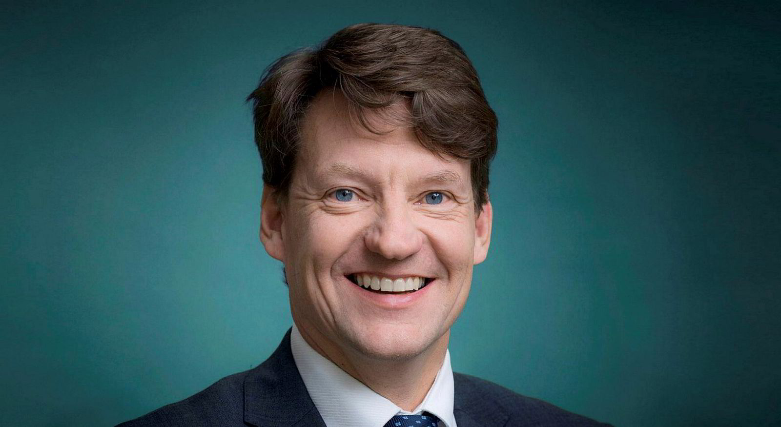 Ålesund-advokat Reidar Andresen ble styreleder i eiendomsmeglerkontoret 1. april i år. Han varsler at kontoret vil klage på Finanstilsynets avskilting.