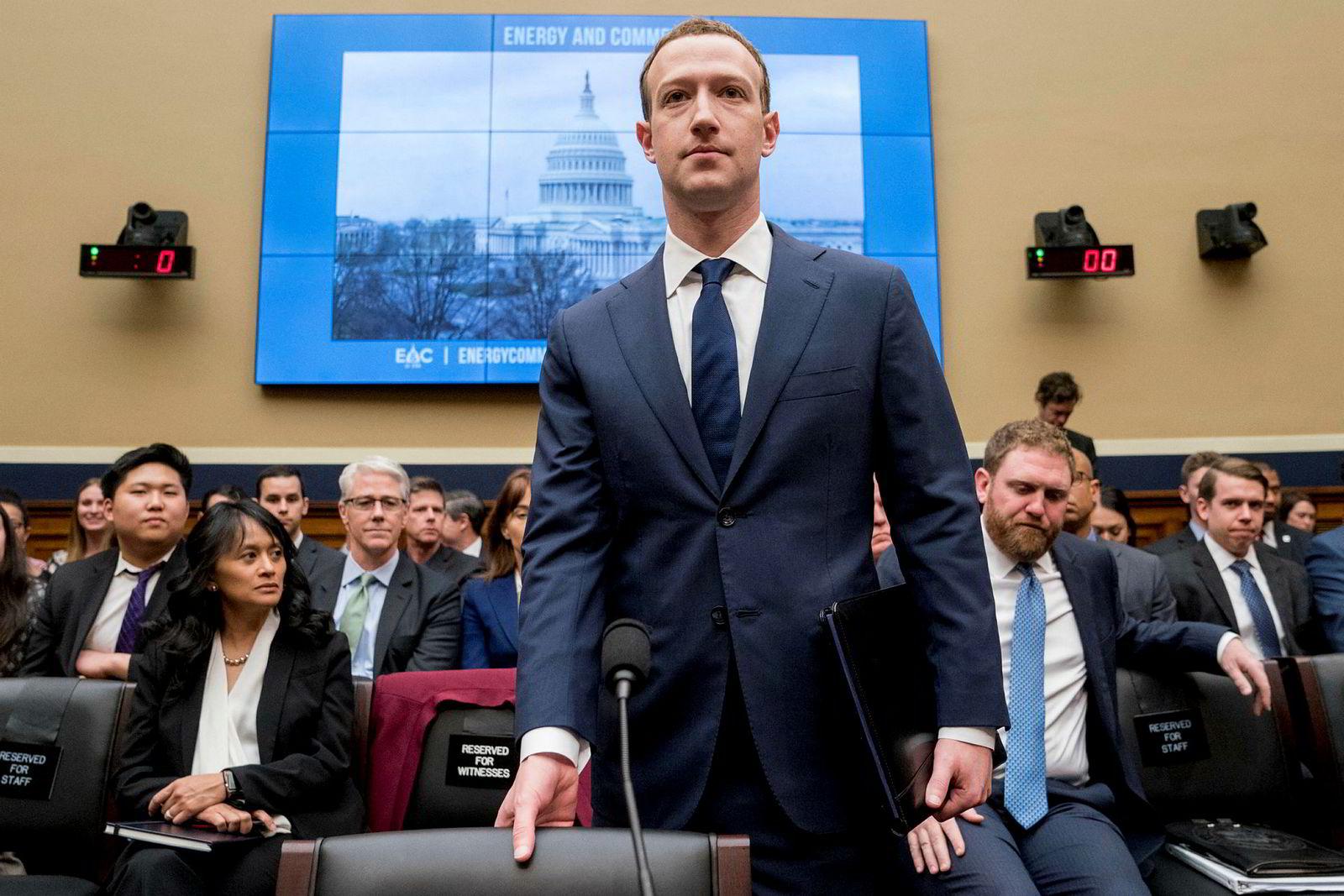 Facebook konsernsjef Mark Zuckerberg under høringen i Kongressen i april.