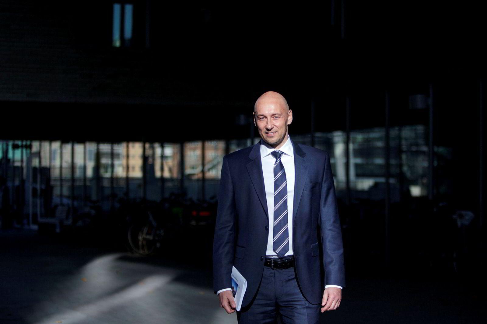 Oljeanalytiker Helge André Martinsen i DNB Markets