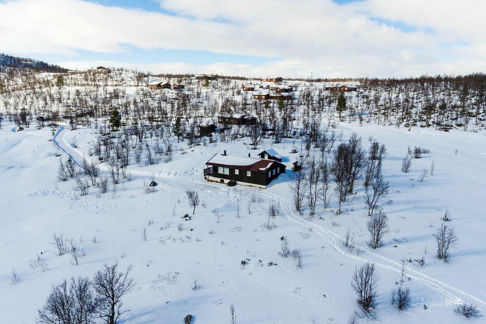Hytte i Roahovda 16 i Dagalifjell, 70 kvm, Prisantydning Kr 1 550 000, solgt for kr 1 930 000.
