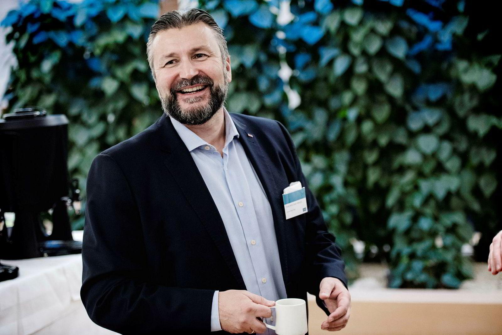 Svein Arild Steen-Mevold, direktør for Scandic Hotels Norge, mener effektivitet og enkelhet er hovedårsaken til at Gardermoen spiser en stadig større andel av det norske kurs/konferansemarkedet.
