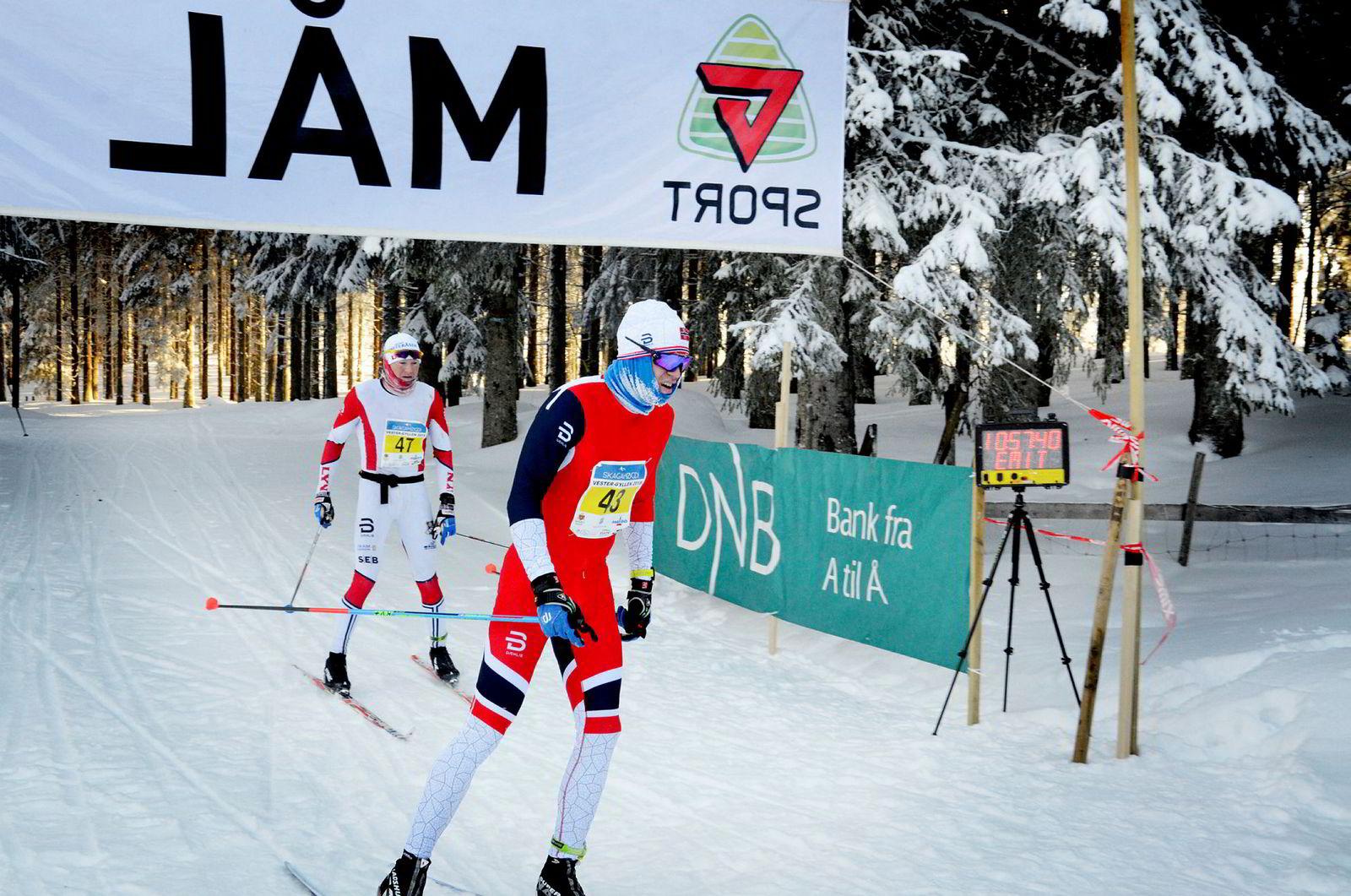 OL-klare Pål Golberg var best i Vester-Gyllen. Han gikk i mål på 1.57.36 – et sekund før Lyns Joar Thele.