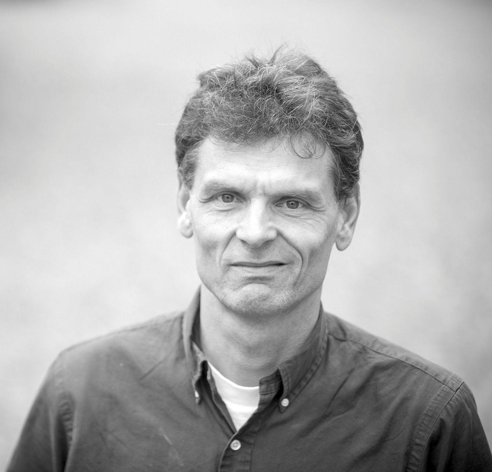Hans K. Hvide