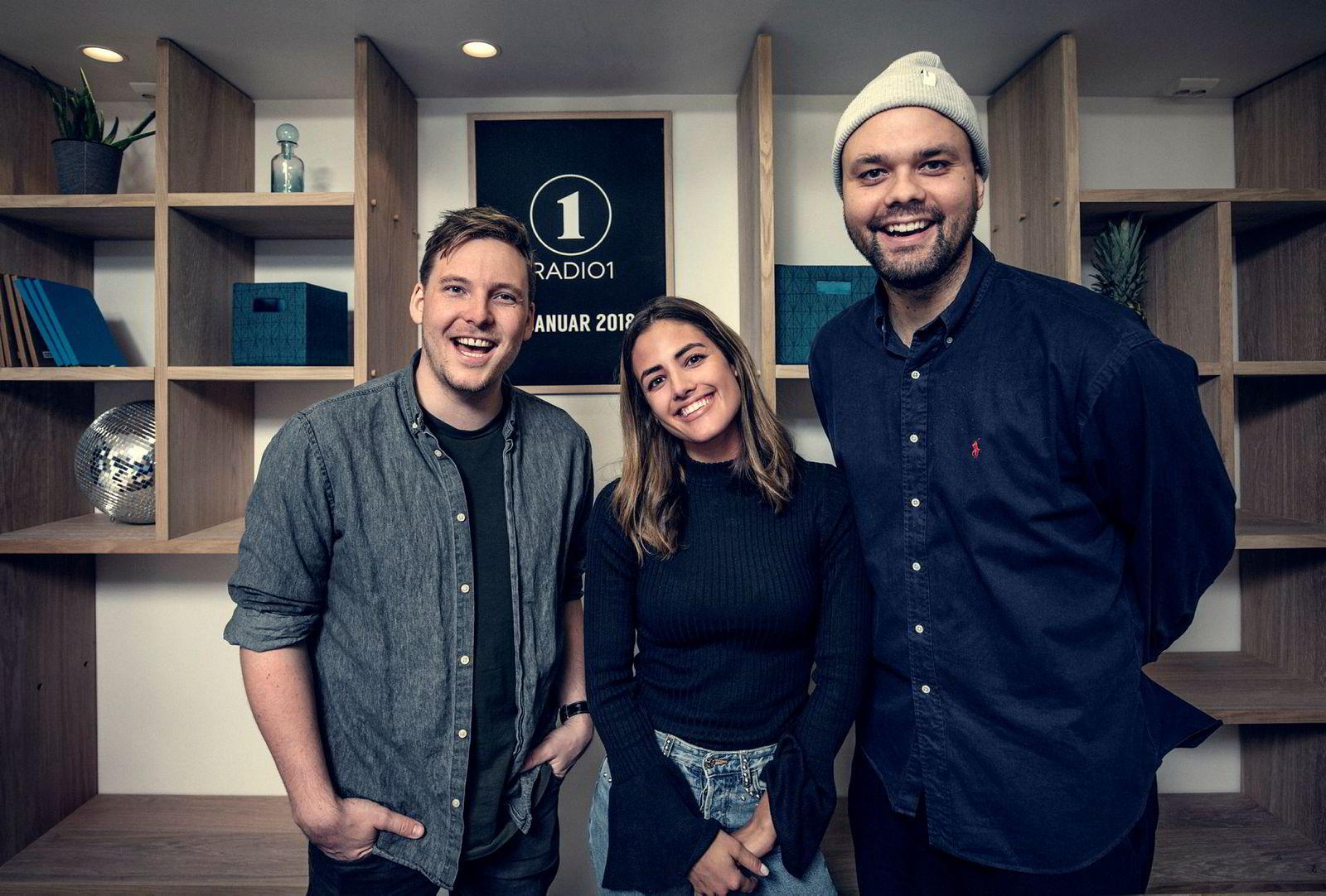 Morgensendingen på Radio 1 ble relansert i 2018, med Niklas Baarli (til venstre), Samantha Skogrand og Lars Berrum.