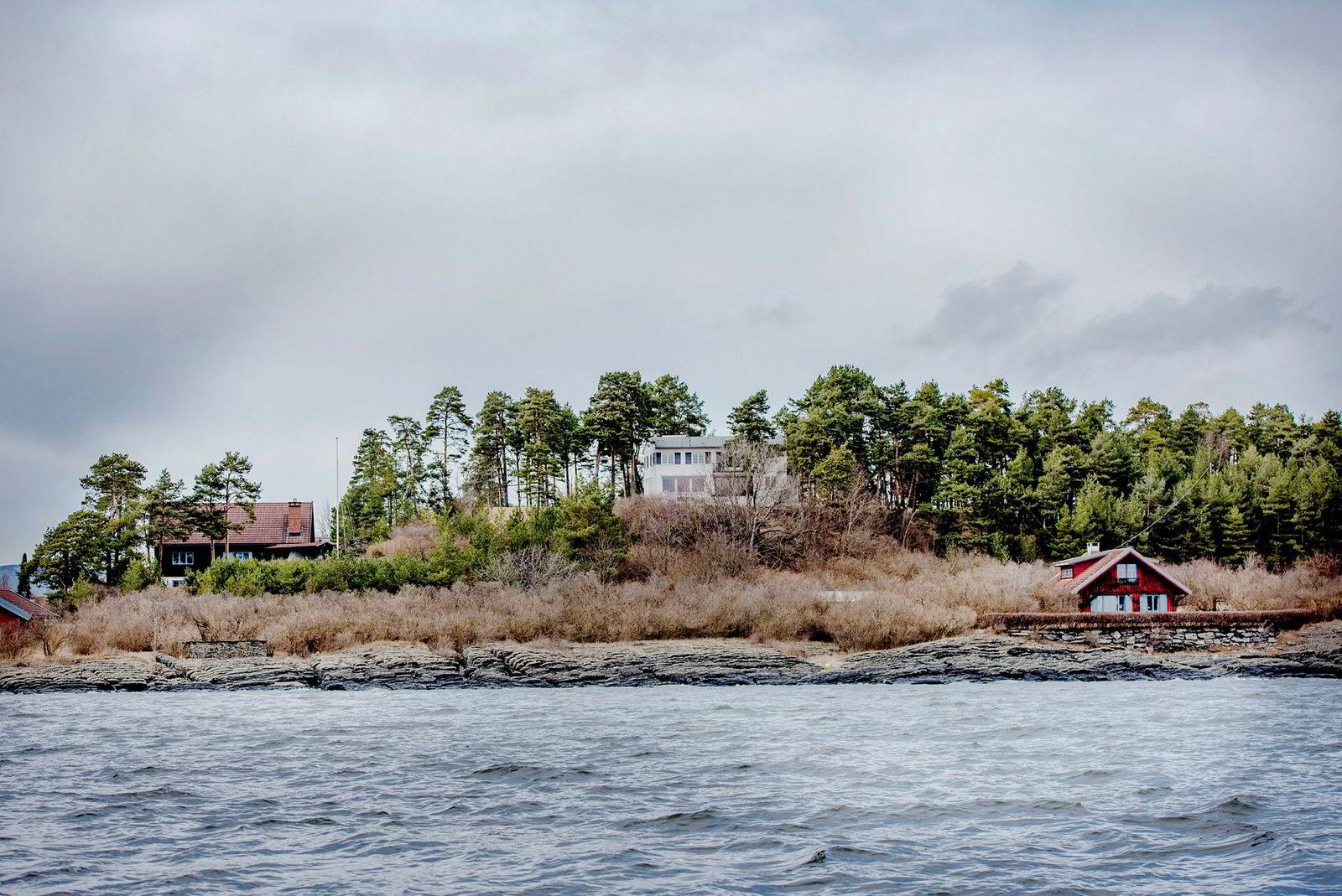 Investor Fredrik Halvorsen (45) fikk tre bolighus med på kjøpet da han ga 158 millioner kroner for 23 mål store Strømstangveien 1–3 i 2017.