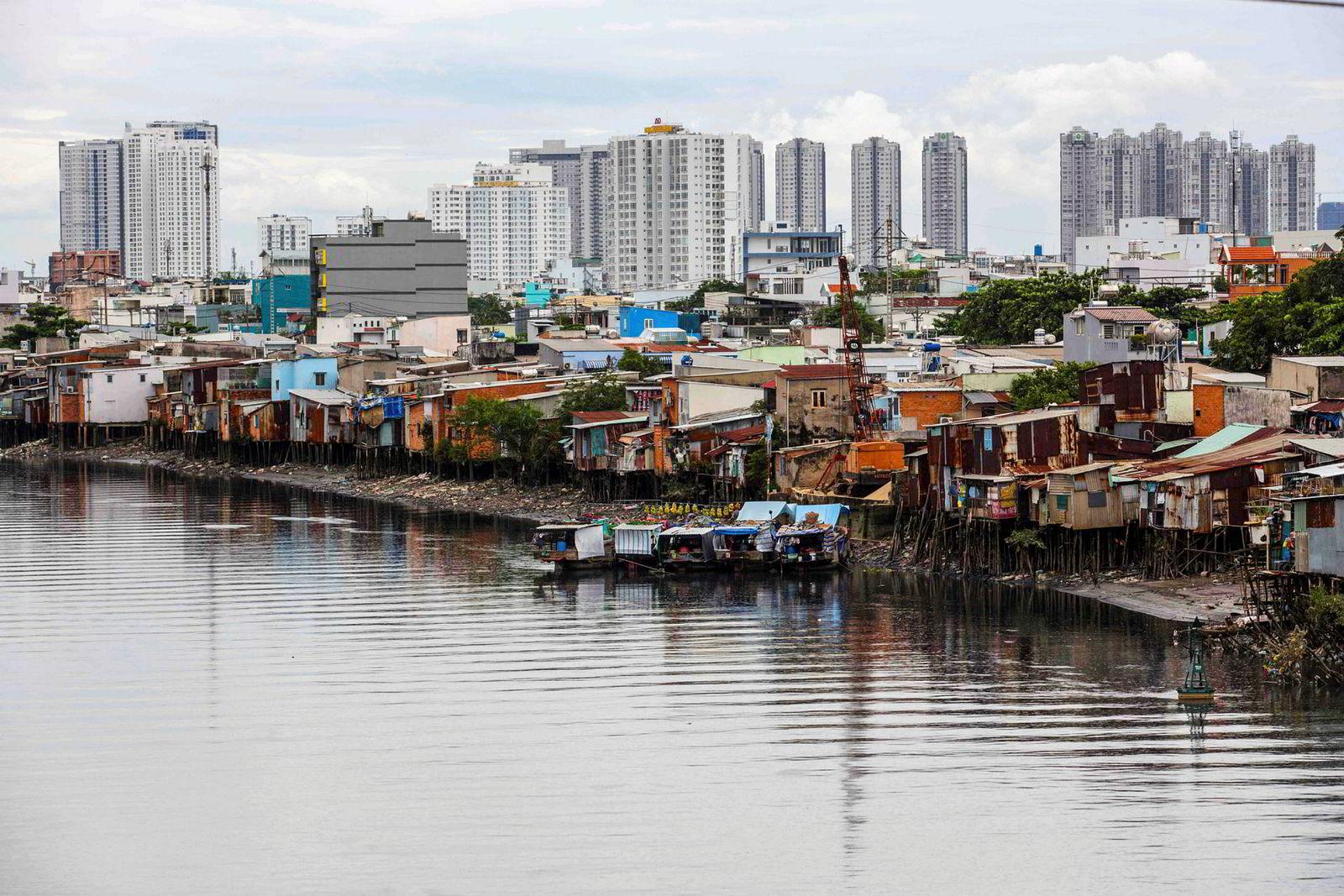 Byfornyelsen i Ho Chi Minh byen er i ferd med å presse ut de fattige bosatt rundt Te-kanalen.