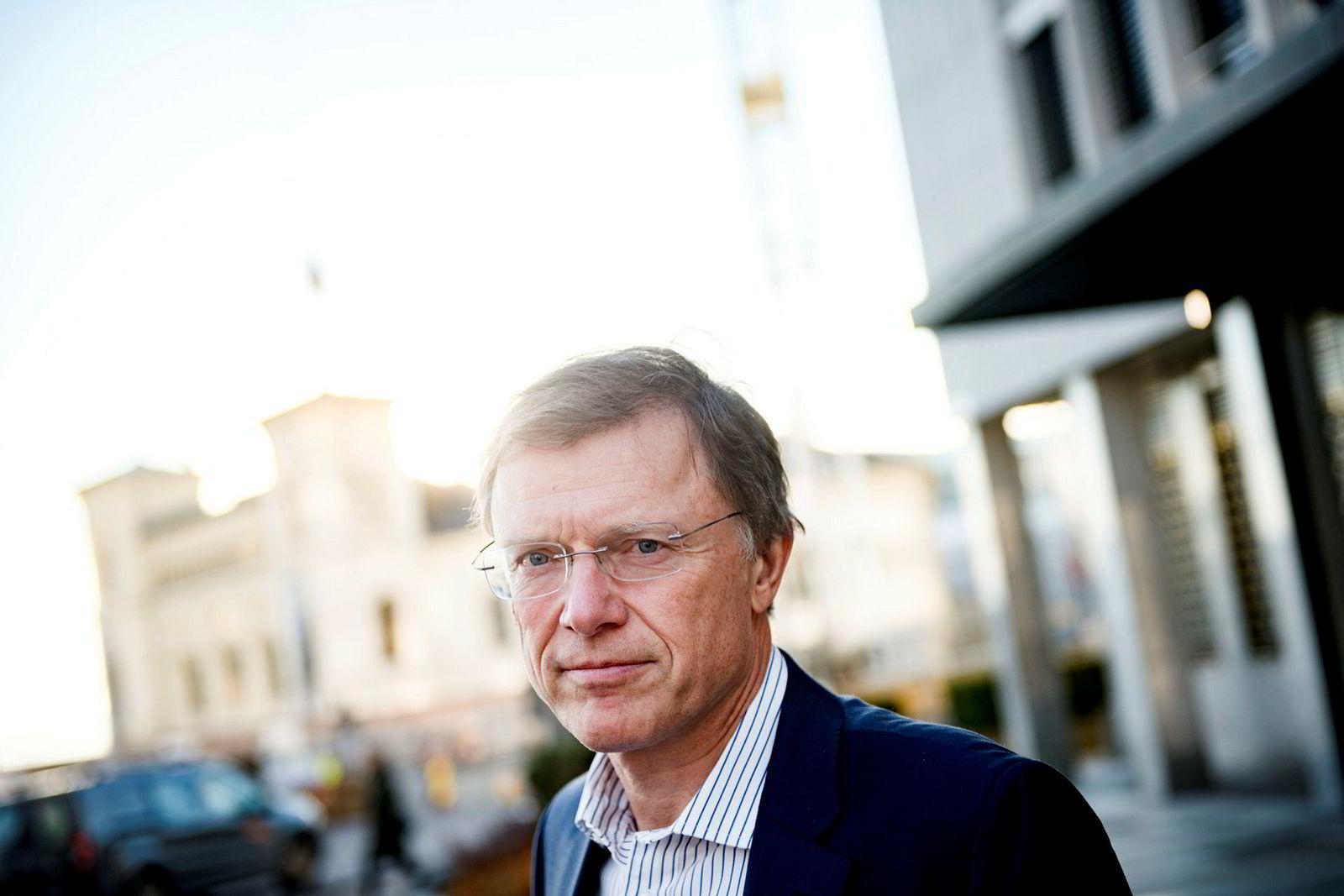 Sjefstrateg Peter Hermanrud i Sparebank 1 Markets tror faren for nødemisjon er mindre.