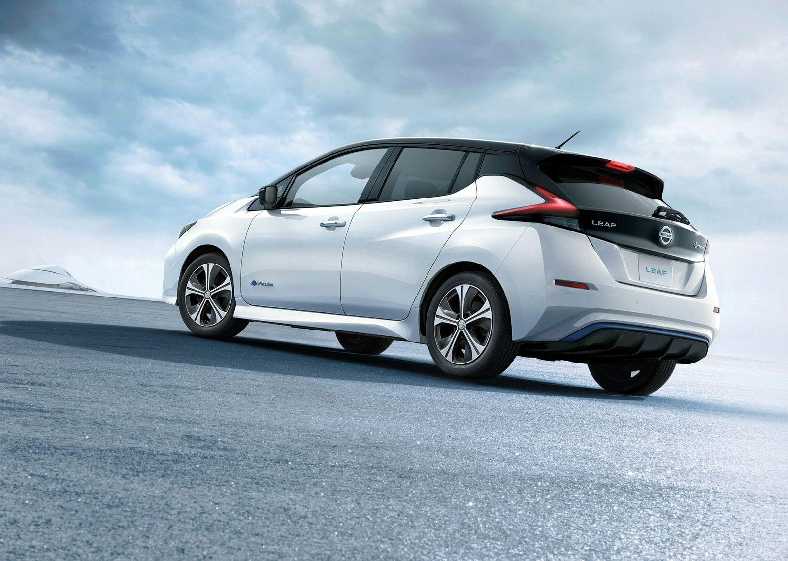 Nissan lover å levere nok biler av andre generasjon Leaf. Bilen kommer i mars.