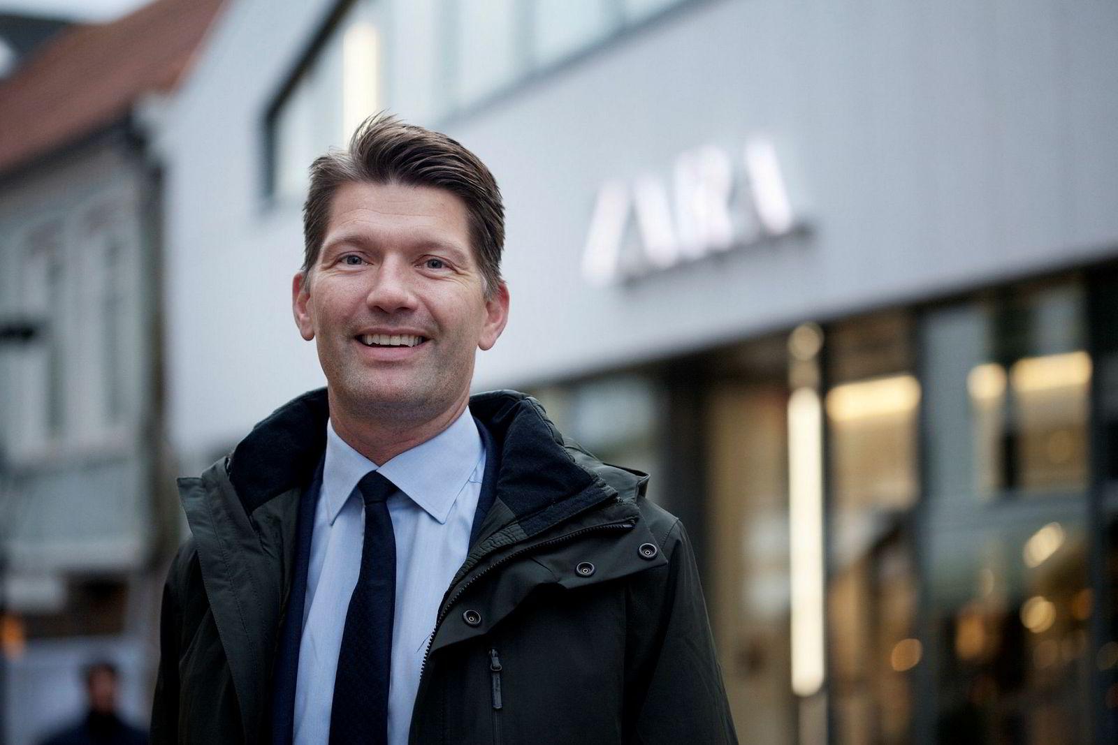 – Jeg føler at det blir lengre og lengre mellom de grelle eksemplene, sier Sveinung Byberg om finansbransjen. Han er daglig leder i Bjørn Maaseides Kraft Finans.