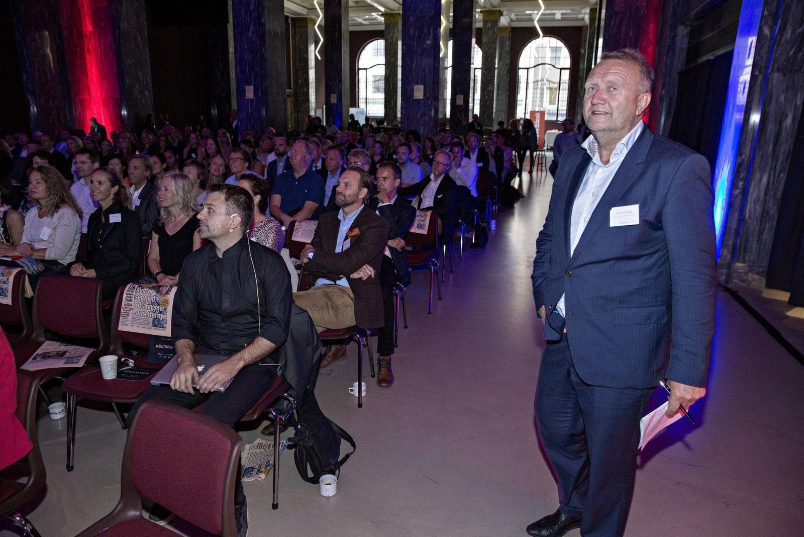 Kjell Terje Ringdal | Førstelektor ved Høyskolen Kristiania                 Maktens Språk, DN Konferane på Sentralen.