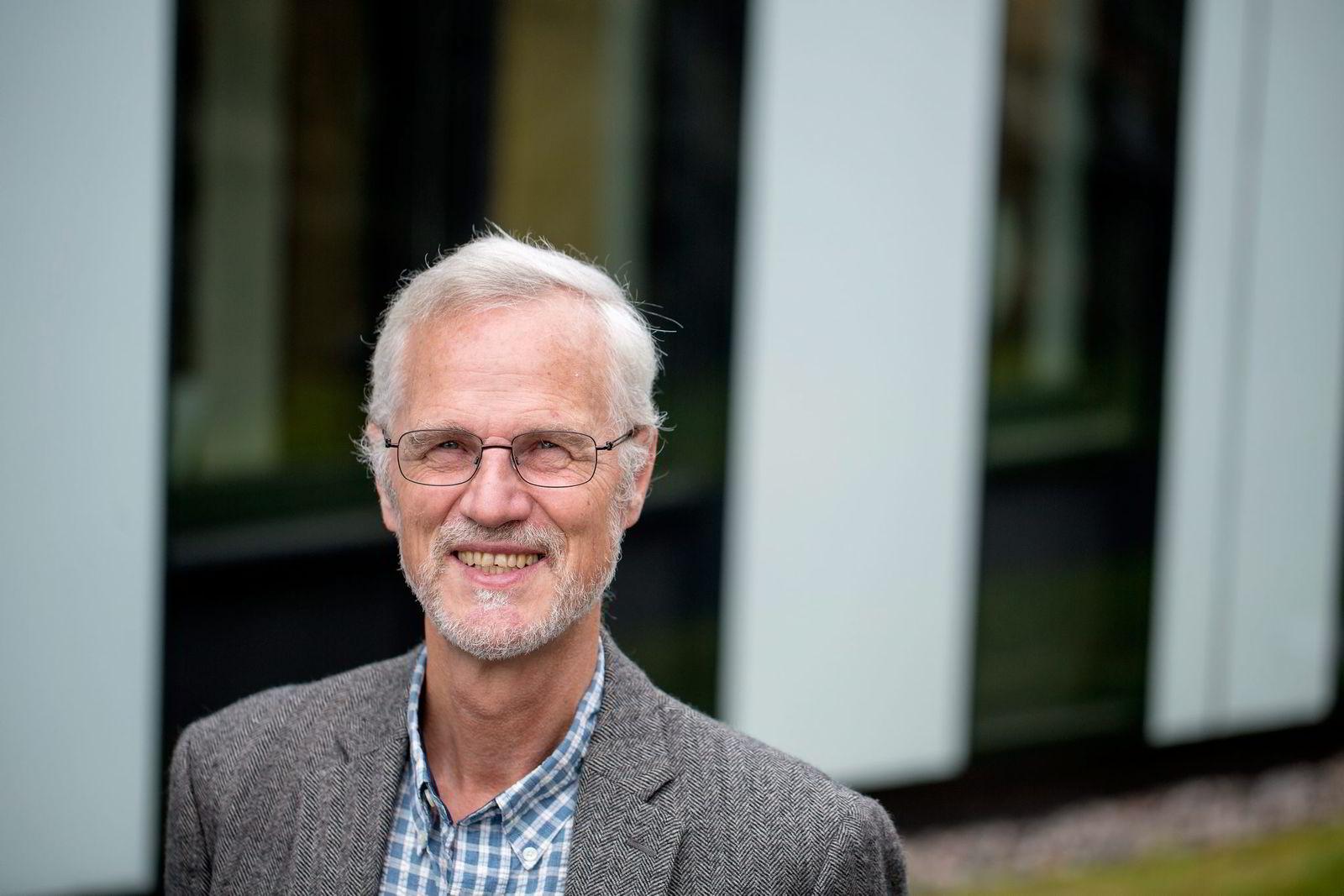 NHH-rektor Frøystein Gjesdal mener karakterene på skolen ligger på et riktig nivå. Foto:
