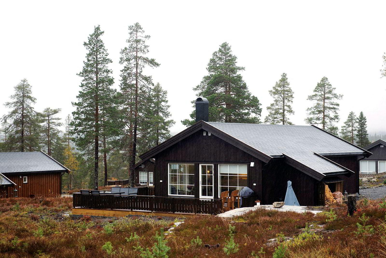 Rasch og Sollie sin hytte på 79 kvadratmeter i Myssmørkleiva på Lygna.