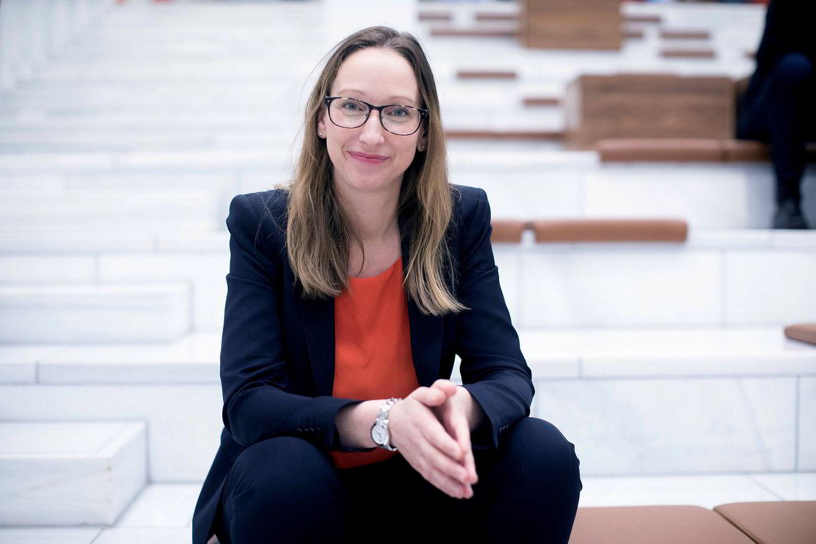 Sjeføkonom Kjersti Haugland er overrasket over at regjeringen bruker mer oljepenger.