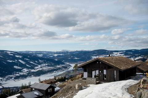 Med utgangspunkt i byggeskikk fra Gudbrandsdalen utviklet Leve Hytter en hytte for å få naturen inn i stua.