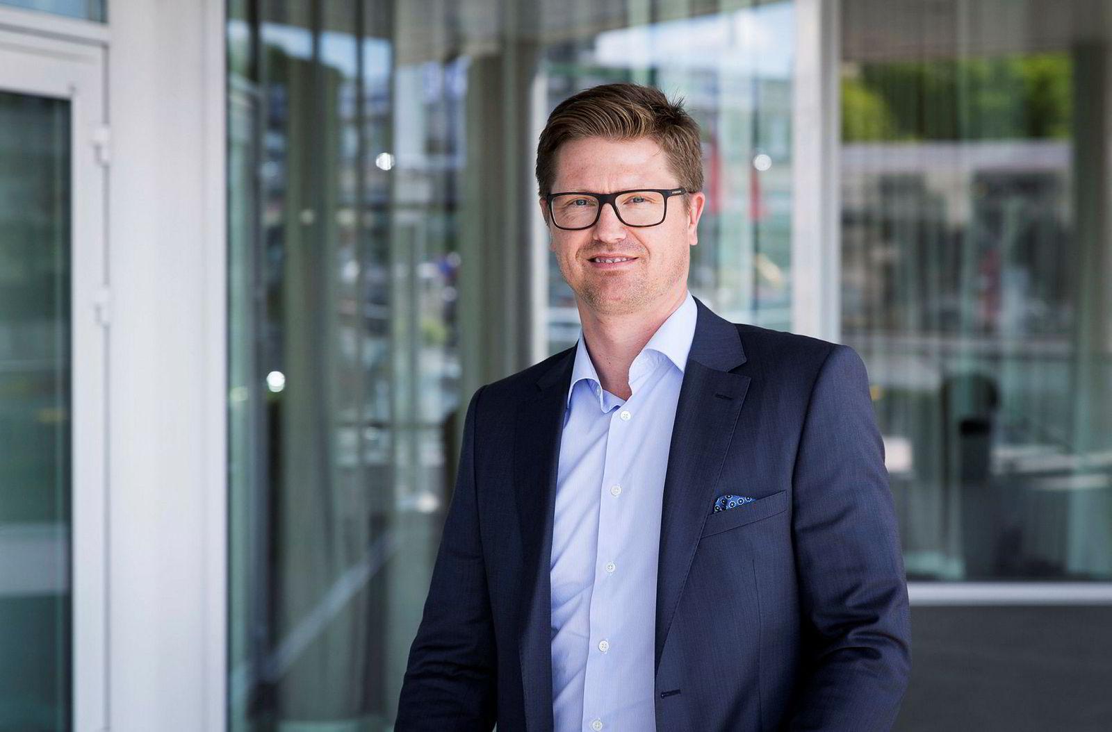Magnus Reitan, Rema 1000-arving, solgte Norefjell-leiligheten sin til Robert Hvide Macleod.