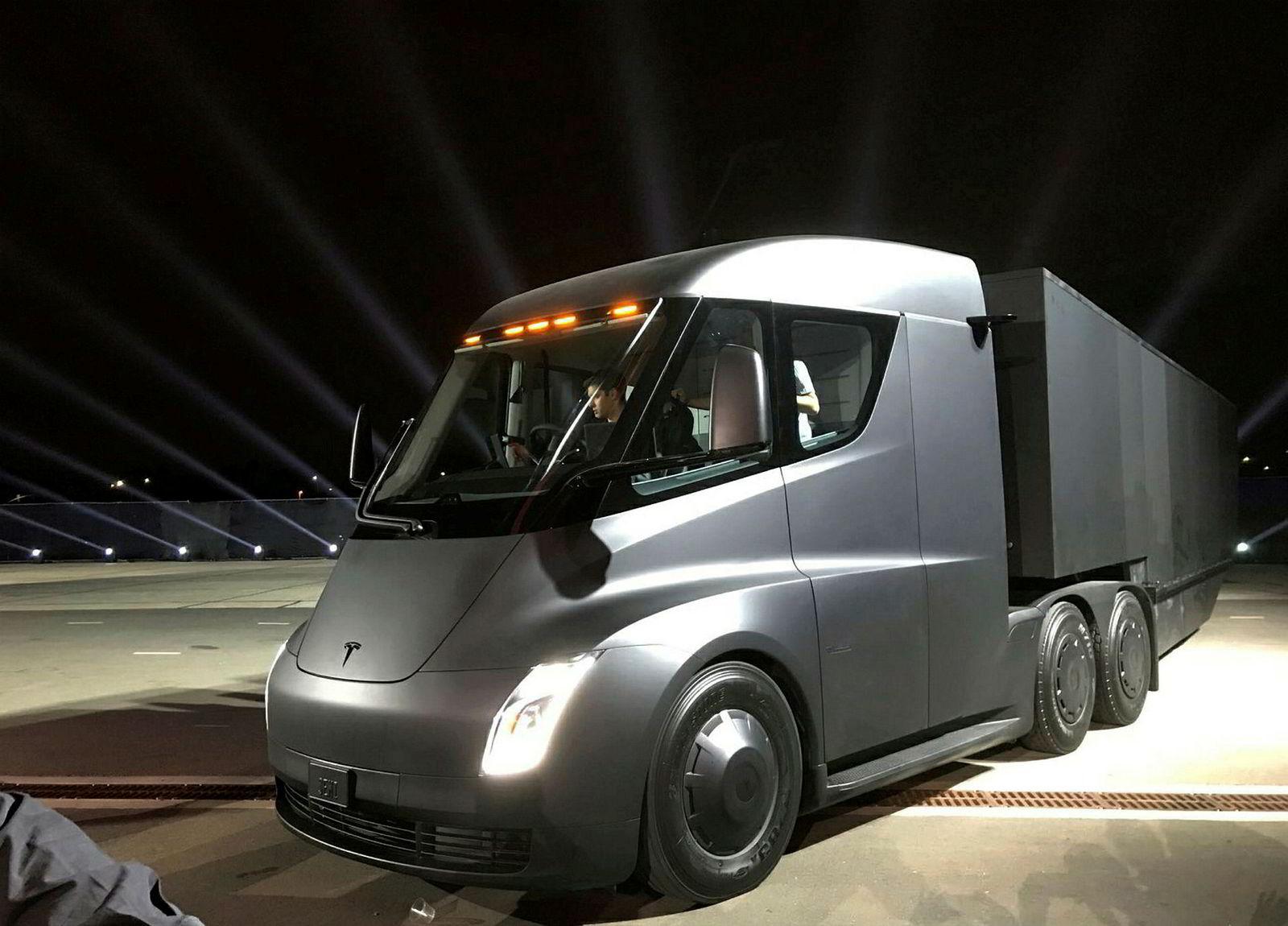 Teslas nye elektriske semitrailer.