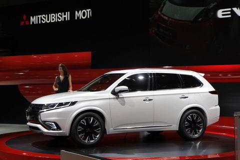 Mitsubishi Outlander PHEV concept.