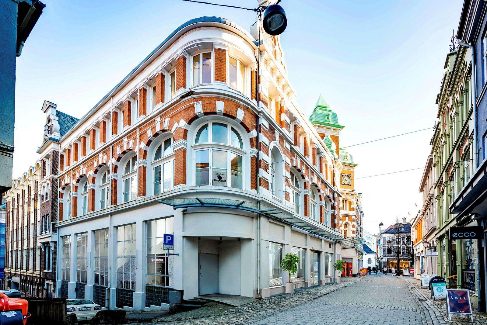 Her i Strandgaten vil Magic Hotels konvertere dette kontorbygget til hotell med minst 200 rom.
