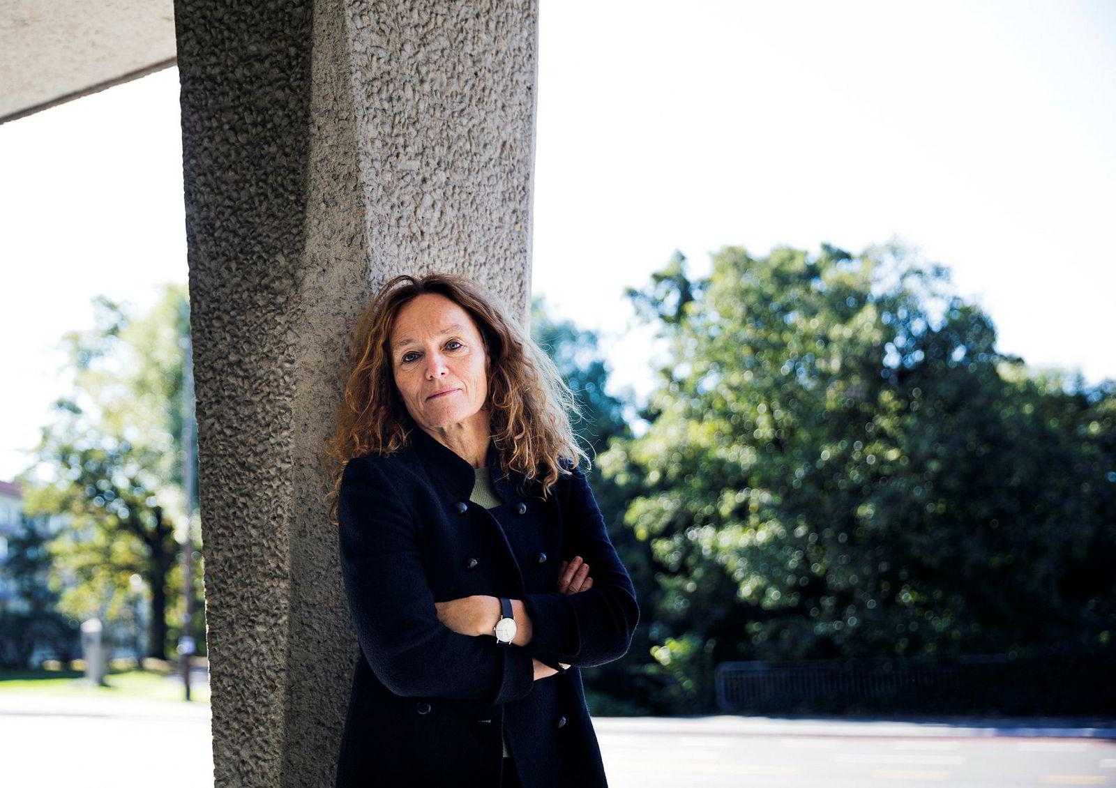 Camilla Stoltenberg, direktør for Folkehelseinstituttet og leder av Stoltenberg-utvalget, er positiv til at eksperimenterer med fagene.