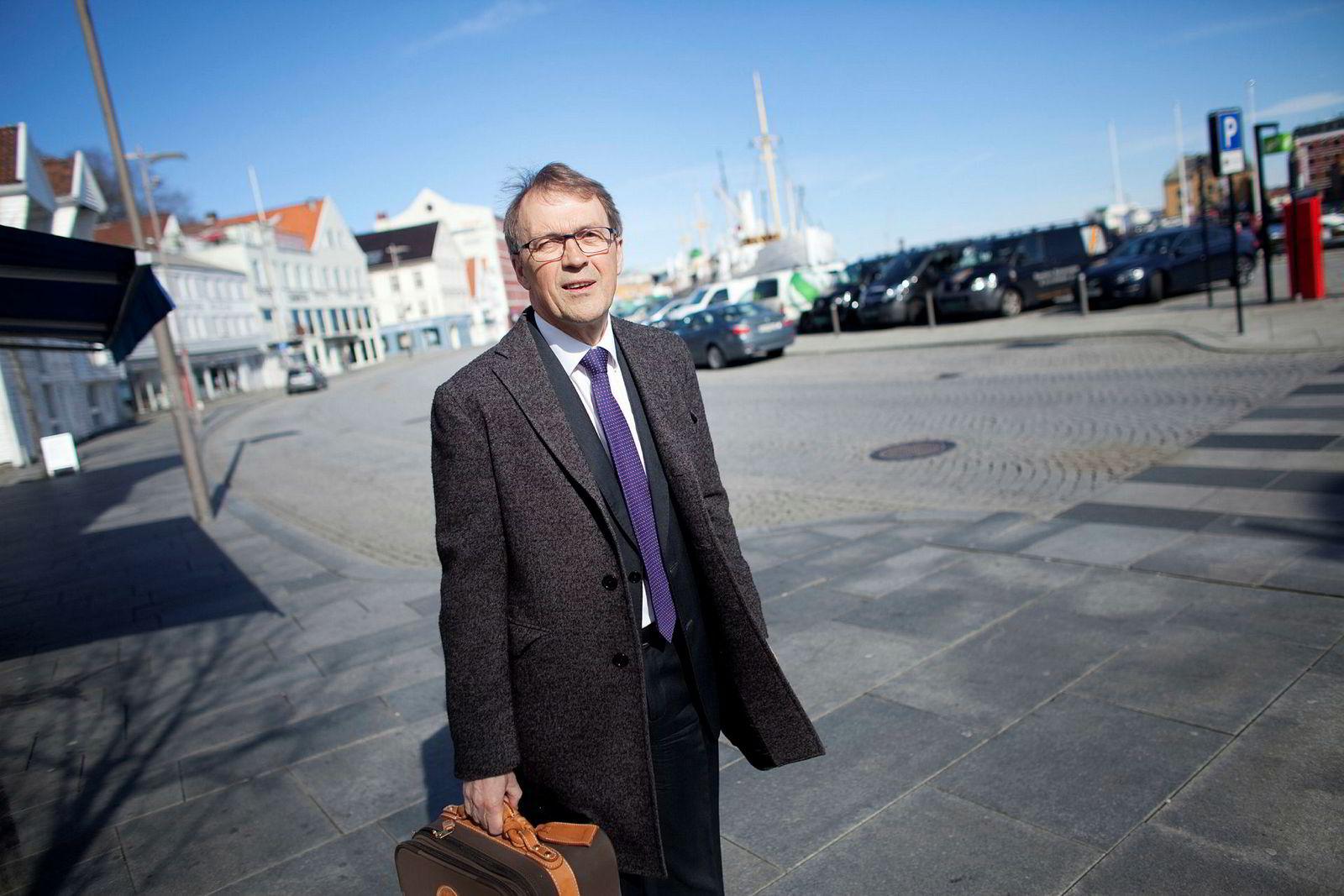 – Jeg ansatte Einar fordi han var kjapp i toppetasjen, sier tidligere Hydro-sjef Eivind Reiten. Les DN Magasinets sak om Einar Aas.