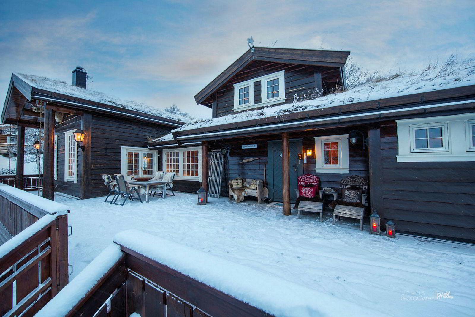 Hytte i Sæteskarvegen 41 i Skurdalen, 157 kvm, Prisantydning Kr 5 950 000, solgt for kr 5 650 000.